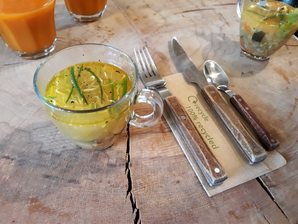 soup of the day DE HERBIVOOR (600x450)